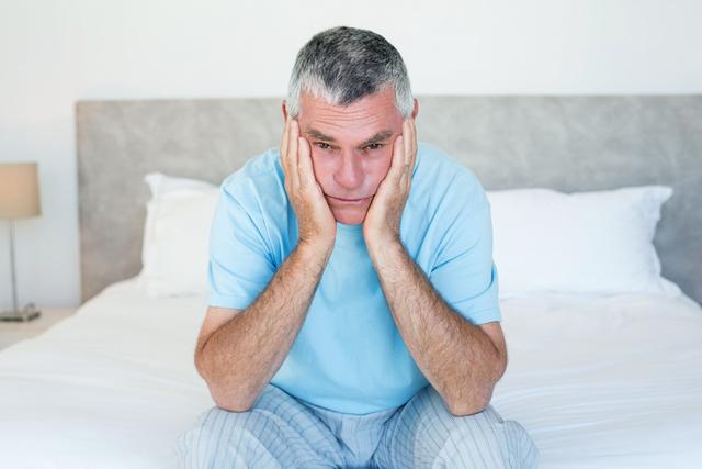 Priapisme: quelles en sont les causes et comment le traiter efficacement?