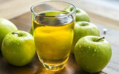 Bander grâce au vinaigre de cidre : un remède de grand-mère efficace ?